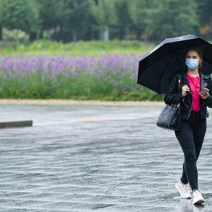 Sinoptikai ramina: nors penktadienis vasaros neprimins, orai tik gerės