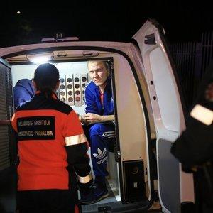 Vilniuje į tvorą su VW įskriejo trys girti ukrainiečiai