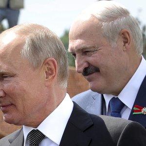Lukašenka vyks į Rusiją – ves derybas su Putinu