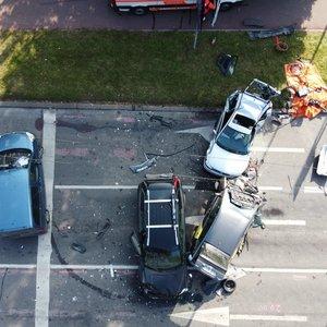 Tragiška masinė avarija Vilniuje: žuvo 2 moterys
