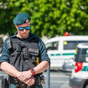 Policijos pareigūnai lieja apmaudą: politikams gana daryti tai, ko nori jie
