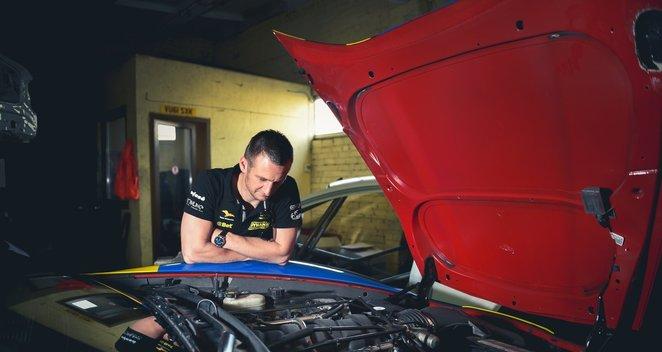 """Aurum 1006 km"" lenktynėse dalyvausianti ""Chevrolet Corvette"""