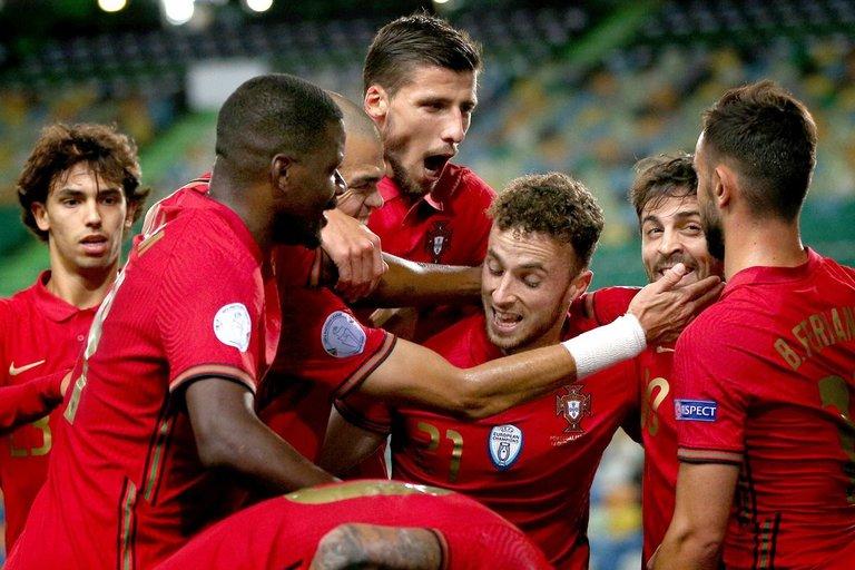 Portugalai šventė pergalę (nuotr. SCANPIX)