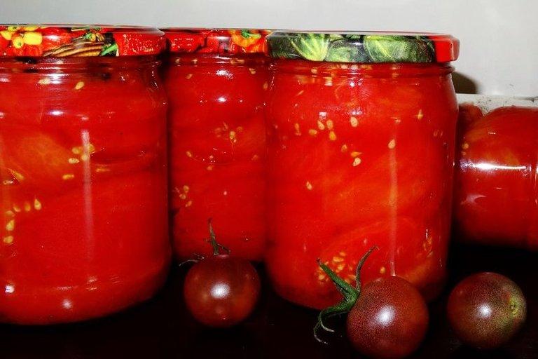 Pomidorai savo sultyse (Nuotr. Skanus gyvenimas)