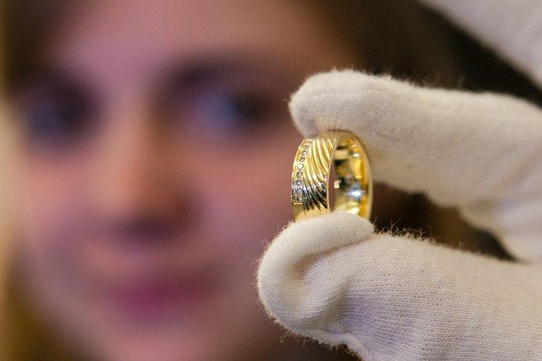 Auksinis žiedas Andrius Ufartas/Fotobankas