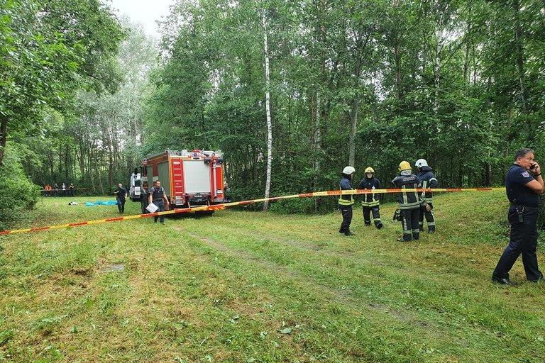 """Žuvo trys """"Vilniaus vandenys"""" darbuotojai: įtariama, kad išsiskyrė pavojingos dujos (nuotr. Broniaus Jablonsko)"""