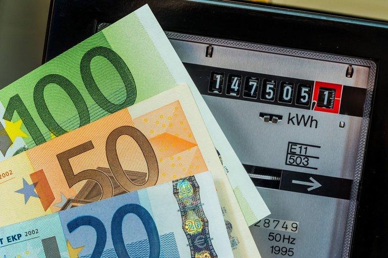 Mokesčiai už elektrą (nuotr. 123rf.com)