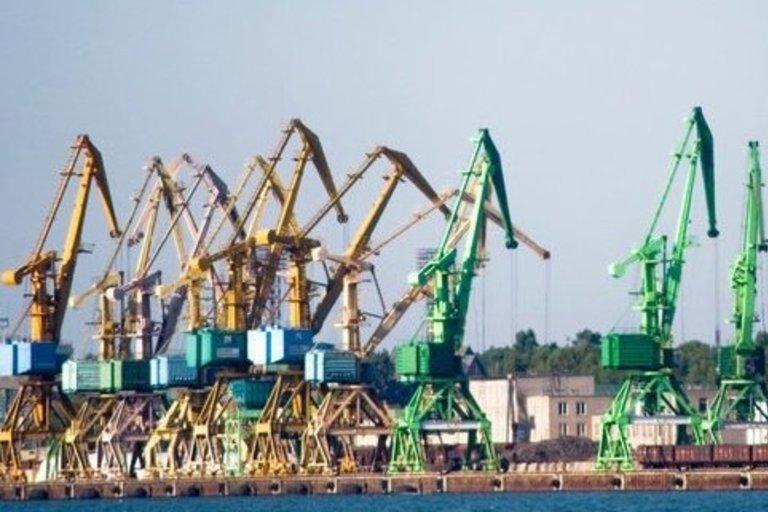 Uostas ir geležinkeliai. Fotodiena nuotr.