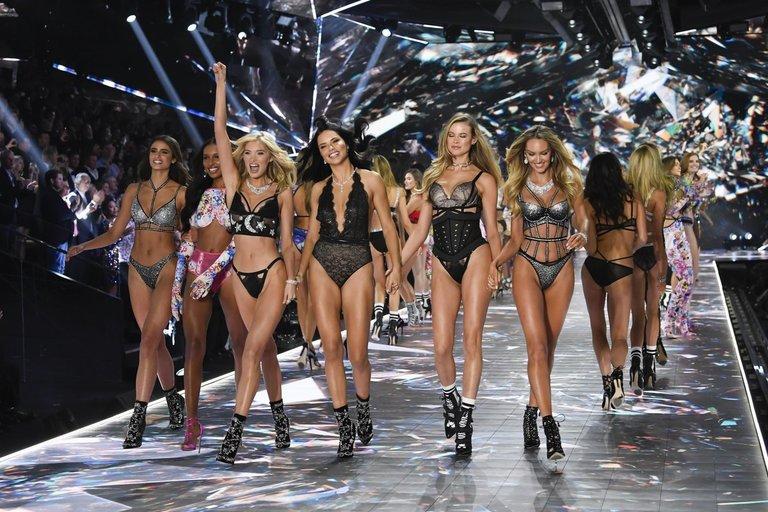 """""""Victoria's Secret"""" (nuotr. SCANPIX)"""