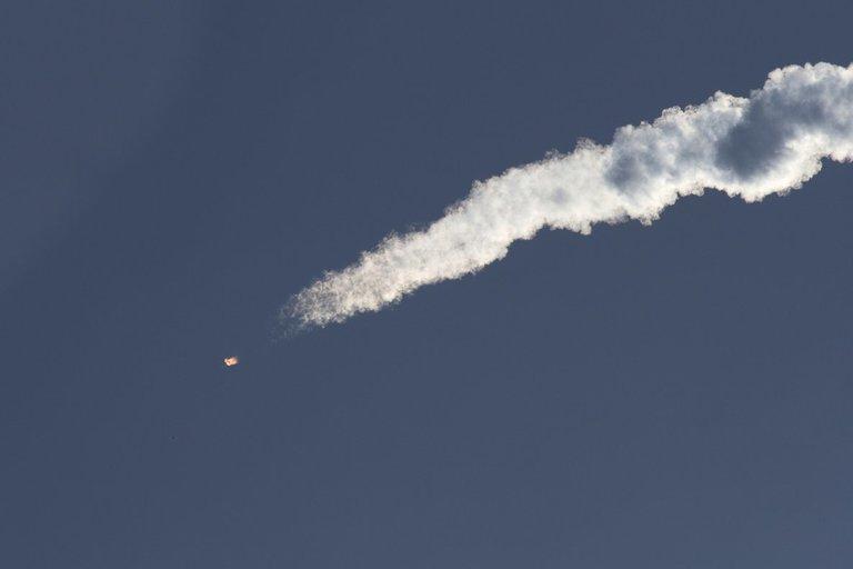 Mįslingas kosminis įrenginys Žemės orbitoje sukasi jau 721 dieną: niekas nežino, kam jis skirtas (nuotr. SCANPIX)