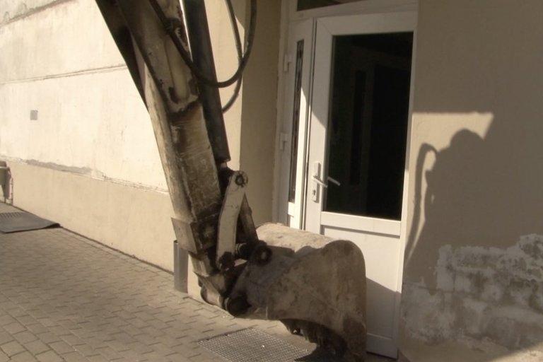 Nufilmuota, kaip vyko kova Marijampolės cukraus fabrike: tai – lyg veiksmo filmas (nuotr. stop kadras)