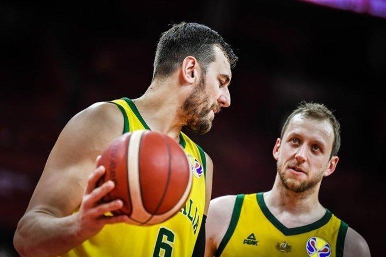 Bogutas ir Inglesas (nuotr. FIBA)