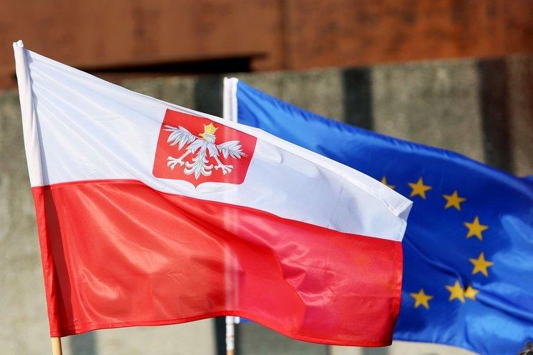 Lenkiją ištiko pirmoji po komunizmo eros pabaigos recesija (nuotr. SCANPIX)