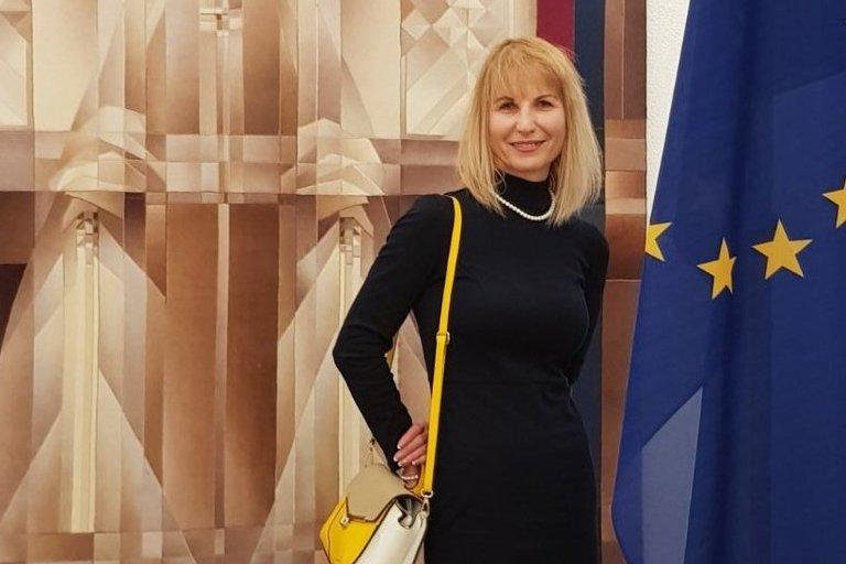 """Paramos klubo """"Lupus LT"""" vadovė Aldevina Sturienė LR Seime. (nuotr. asm. archyvo)"""