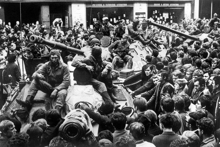 """""""Prahos pavasario"""" vertinimas Rusijoje: palaiko Čekoslovakijos okupaciją (nuotr. SCANPIX)"""