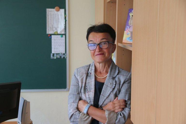 """Vilniaus """"Santaros"""" gimnazijos logopedė ir specialioji pedagogė-metodininkė Žana Ramanaus-kienė. Sigitos Inčiūrienės nuotr."""