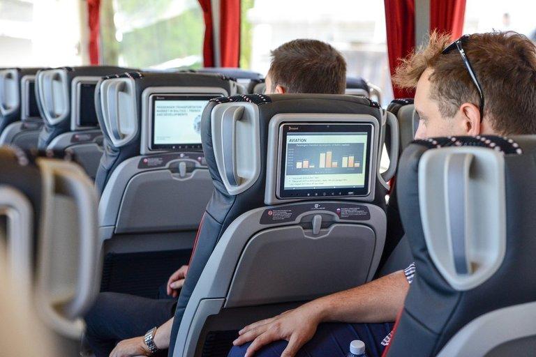 """Estijoje koronavirusu užsikrėtęs vyras keliavo """"Lux Express"""" autobusu (nuotr. Fotodiena/Justino Auškelio)"""