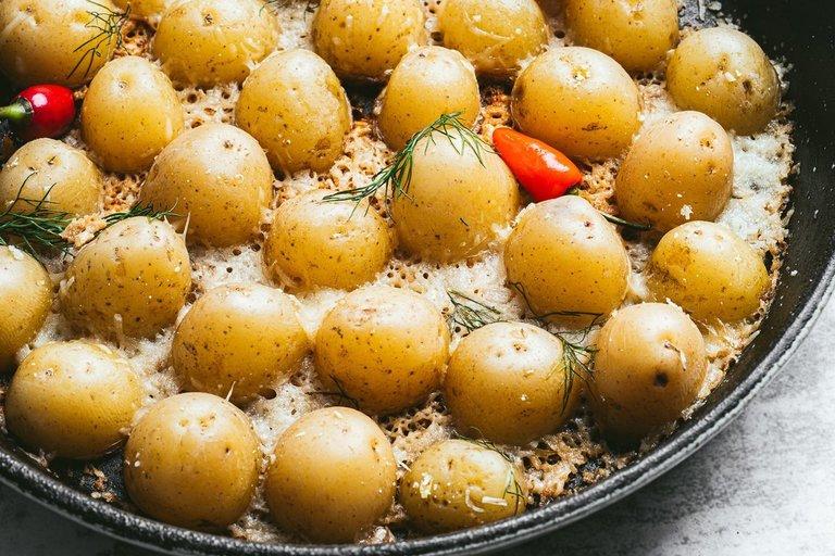 Užkeptos bulvytės (nuotr. Organizatorių)