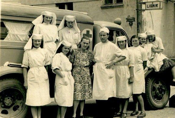 Medicina tarpukariu ( nuotr. chirurgo J. Stanaičio šeimos archyvo)