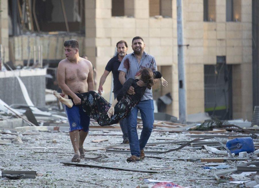 Užfiksuota, kokio galingumo sprogimas supurtė Beirutą