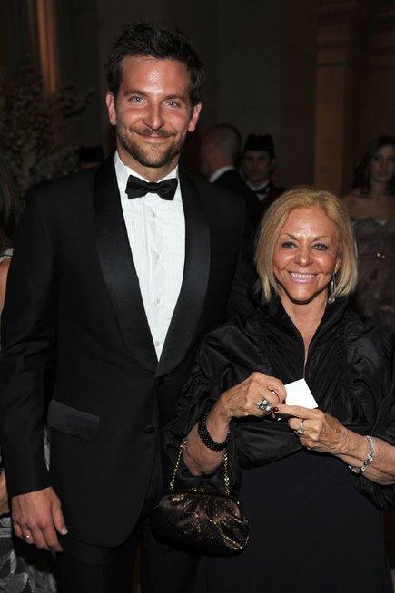 Bradley Cooper su mama Gloria