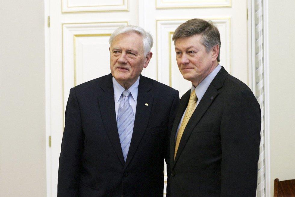 Valdas Adamkus ir Artūras Paulauskas (Fotobankas)