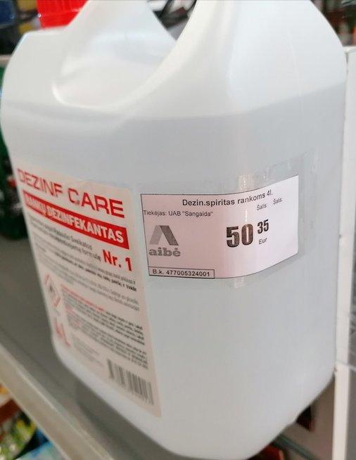 Šokiravo kaina – už dezinfekcinį skystį prašo 50 eurų