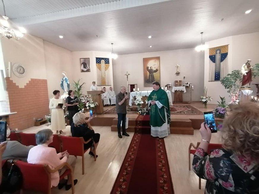 A. Veryga apsilankė Rokų parapijoje