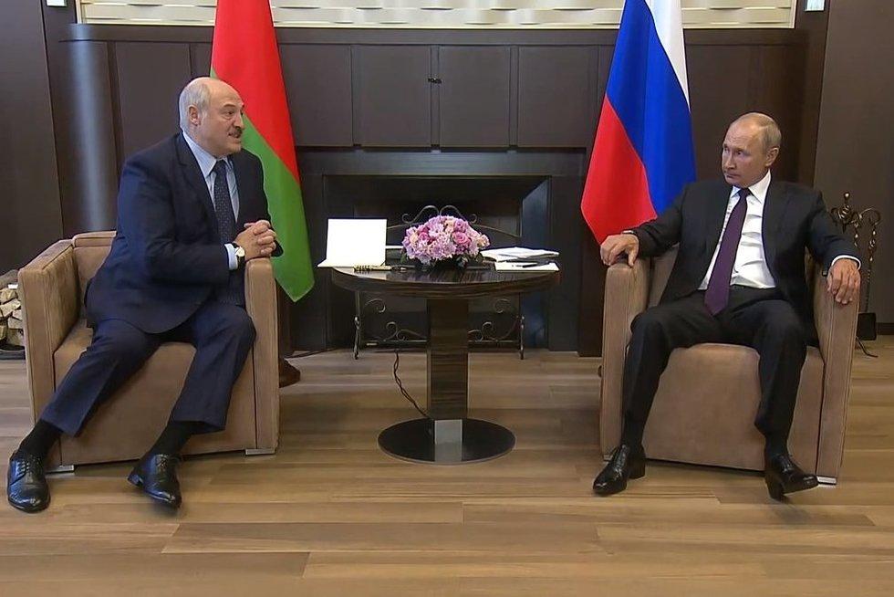 A. Lukašenka ir V. Putinas (nuotr. YouTube)