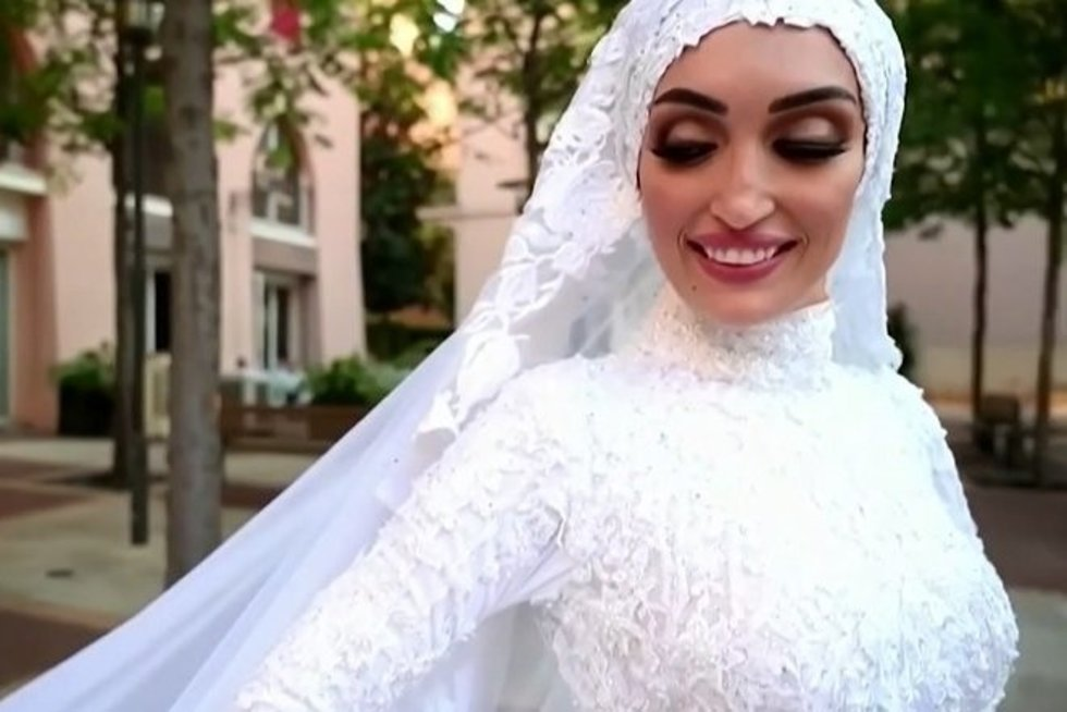 Libane užfiksavo, kaip sprogimas nutraukė jaunosios fotosesiją