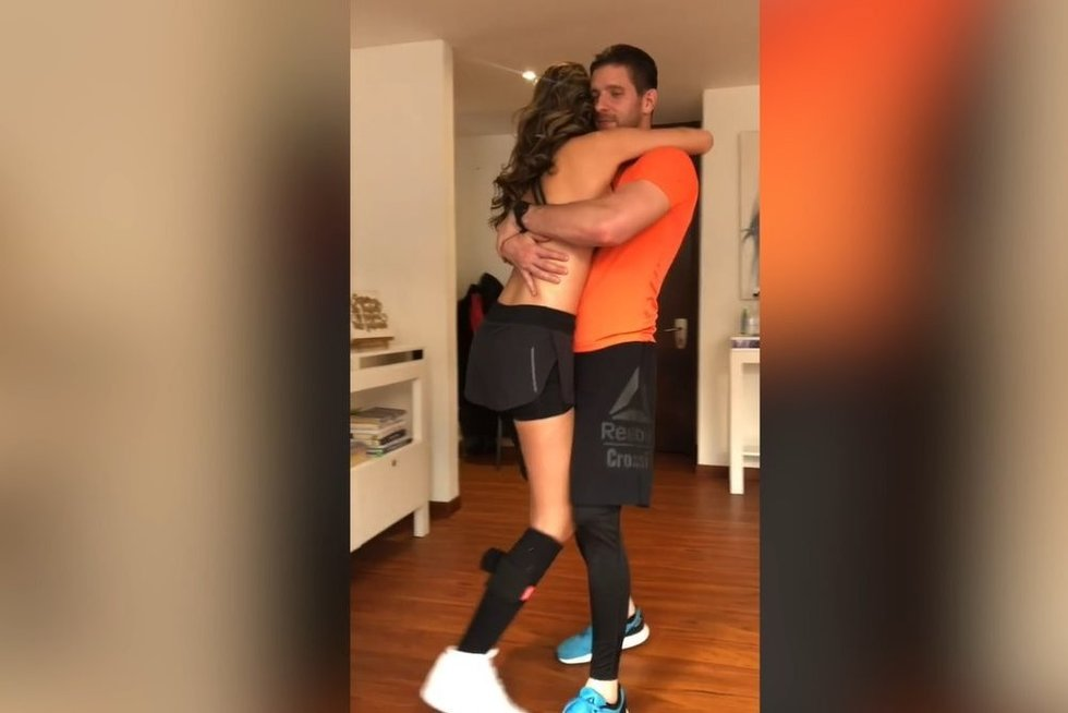 """""""Mis Kolumbijos"""" šokis įkvėpė tūkstančius: kojos amputacija gyvenimo nepakeitė (nuotr. Instagram)"""