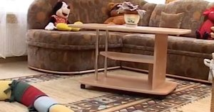 Vaikų globos namai (INIT TV stop kadras)