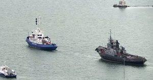 Ukraina: rusai iš užgrobtų laivų pavogė net klozetus (nuotr. SCANPIX)