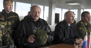 Lukašenka Kremliui galėjo pažadėti karinių bazių nuomą, sako politologai (nuotr. SCANPIX)