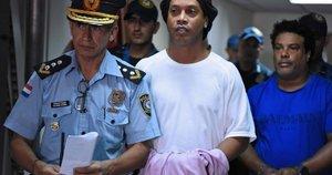 Ronaldinho buvo suimtas. (nuotr. SCANPIX)