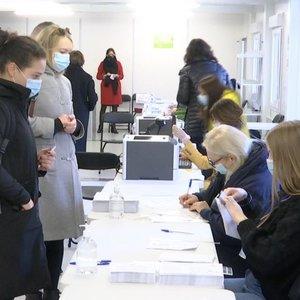 Išankstiniame balsavimeneapsieita be kuriozų, kuriestebina rinkimų komisijos narius