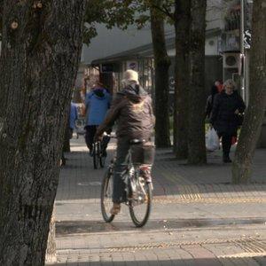 Šilutė nelaukia ir taiko griežtesnes priemones: gyventojai pritaria ribojimams