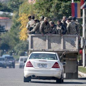 Putinas: kovų dėl Kalnų Karabacho aukų skaičius artėja prie 5 tūkst.