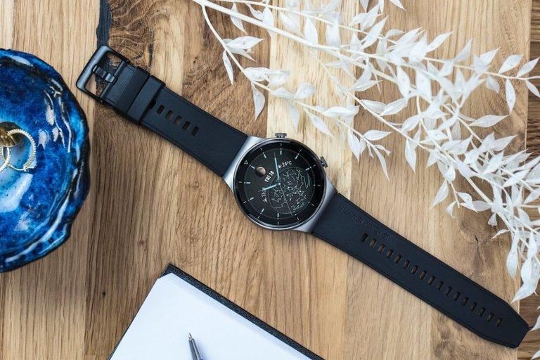 """""""Huawei Watch GT 2 Pro"""" apžvalga"""