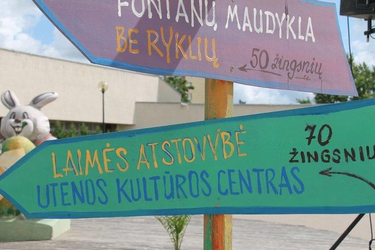 """Utena seka Vilniaus keliu: mieste atidarė dirbtinį paplūdimį """"Laimės sala"""" (nuotr. Organizatorių)"""