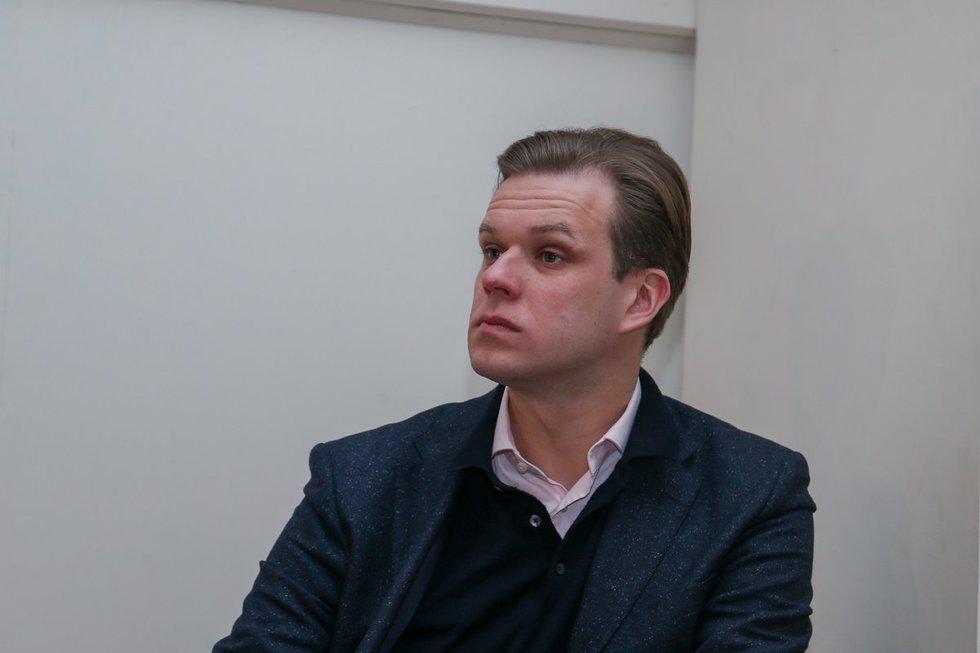 """Gabrielius Langsbergis atėjo į """"MG Baltic"""" teismą"""