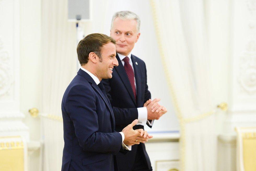 Į Lietuvą atvyko Prancūzijos prezidentas Macronas