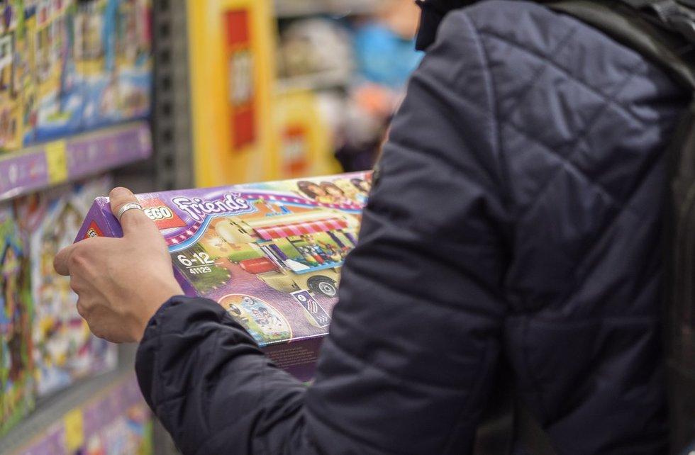 parduotuvėje (nuotr. Fotodiena/Arnas Strumila)