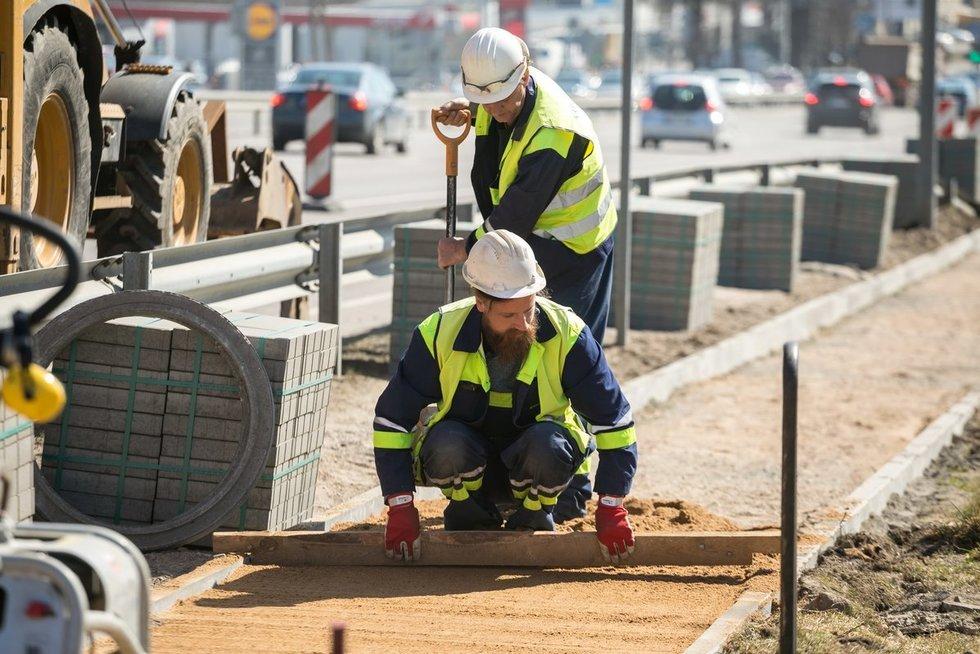 Vilniuje tiesiama 20 km naujų šaligatvių, dar 16 km remontuojami