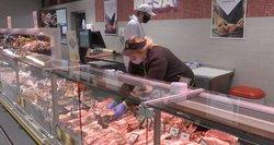 Kiaulienos kainos mažėja, be ne parduotuvėse: kodėl taip yra?