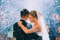 Poros vestuvės baigėsi liūdnai: nuo COVID-19 mirė 7 žmonės