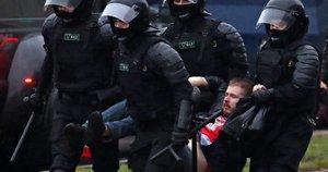 Baltarusija, protestuotojų sulaikymai (nuotr. SCANPIX)