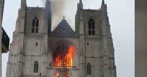 Dega Nanto katedra (nuotr. stop kadras)