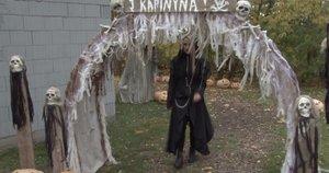 Siaubą kelinti pramoga Biržuose – įrengtas zombių ir raganų parkas (nuotr. stop kadras)