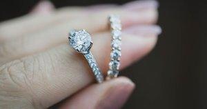 Žiedas su deimantu  (nuotr. Shutterstock.com)